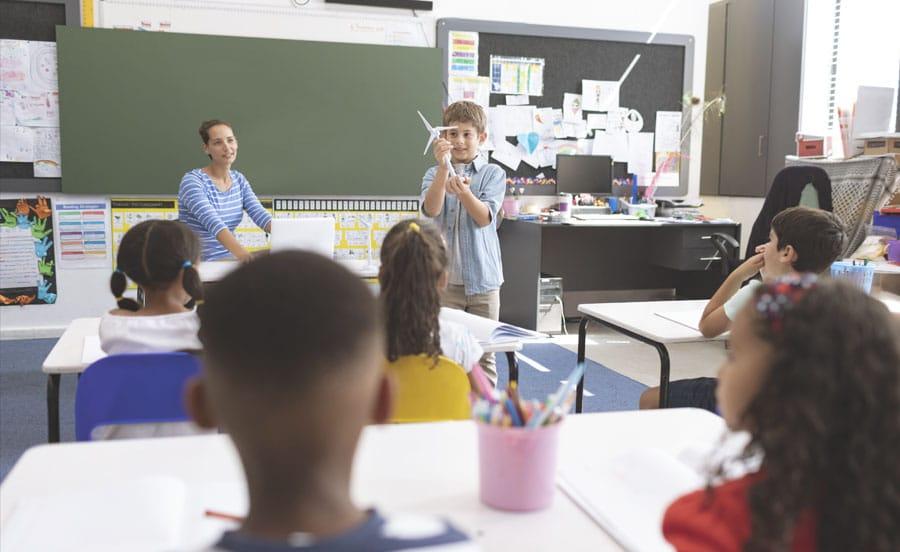 Una ayuda para el rendimiento escolar la iluminacion led